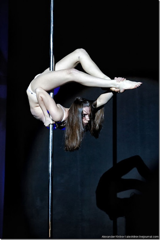 russian-pole-dancing-competition-40