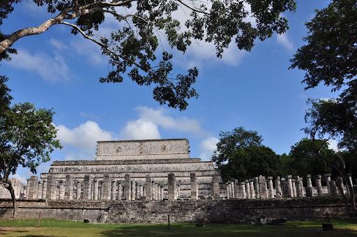 Templo de los Guerreros and Grupo de las Mil Columnas, Chichen Itza