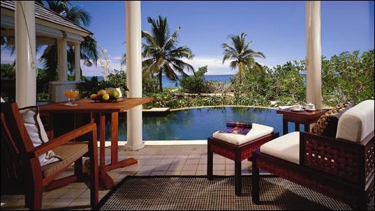002784-07-veranda-facing-pool