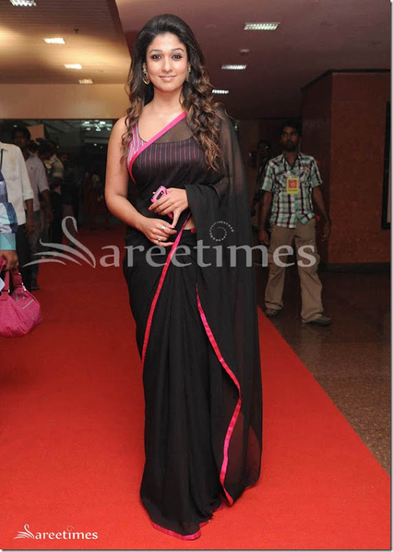 Nayanathara_Black_Saree