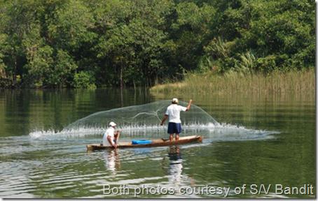 Rio Dulce fisherman casting nets 003