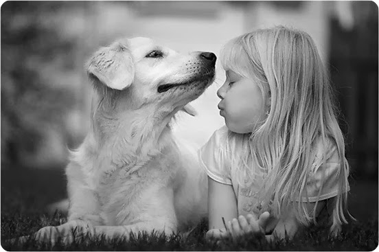criança_com_cachorro