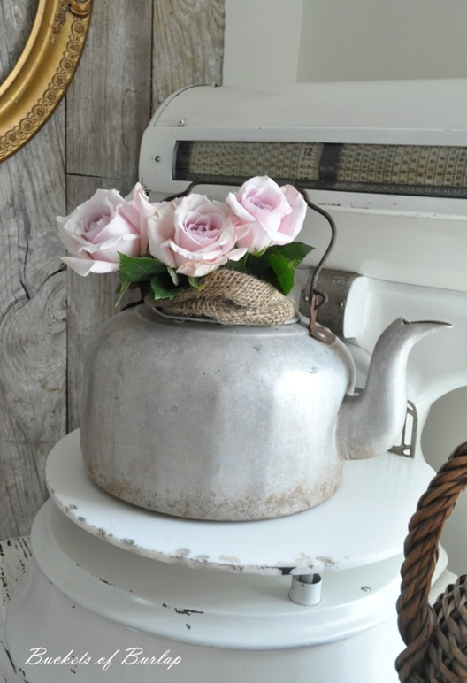 breakfast nook teapot