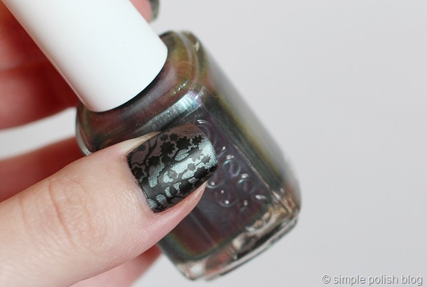 Essie-For-the-twill-of-it-moyou-stamping-3
