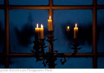 'Christmas eve after dark' photo (c) 2009, Lars Plougmann - license: http://creativecommons.org/licenses/by-sa/2.0/