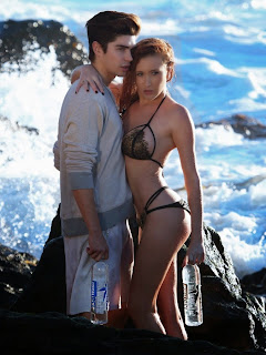 Hannah Nicole in  Wet Bikini  Full   Visible  Wet  Hugging a Young Man  Pics Must see