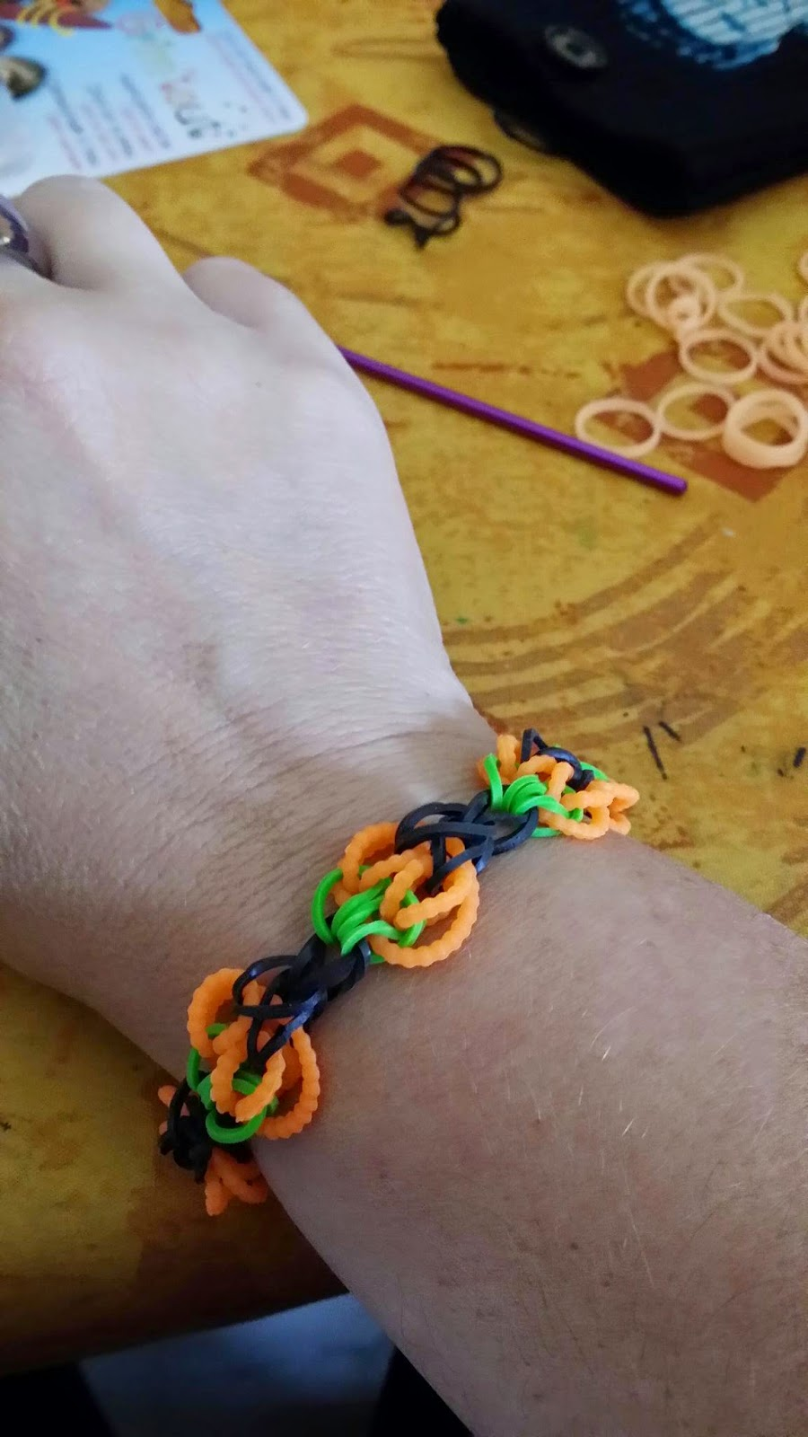 cr ation manuelle et artistique bracelet rainbow loom. Black Bedroom Furniture Sets. Home Design Ideas