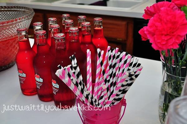Minnie's-Bowtique-Beverage-