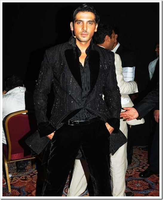 latest pictures of zayed khan