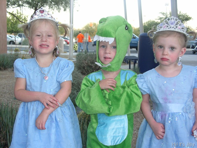 Princesses and a Dinosaur halloween costume