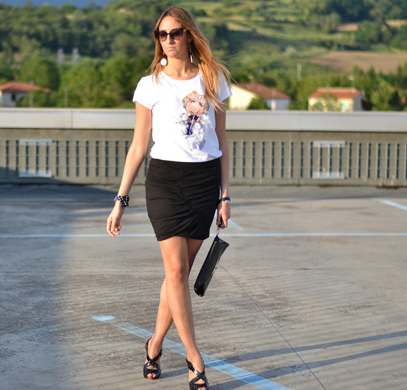 Pinko, Pinko t-shirt, The Muppets t-shirt, Miss Piggie t-shirt, Tally Weijl skirt, Le Silla Shoes, Dior, Primarl, fashion blogger, Le Silla sandals, Le SIlla, Katie t-shirt