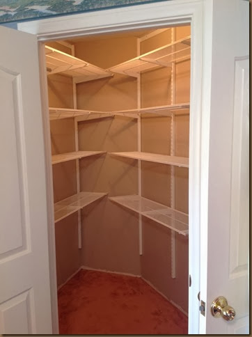 Closet painted & shelves up