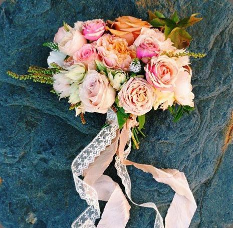 lace 1146540_656276681050662_476211986_n tinge floral