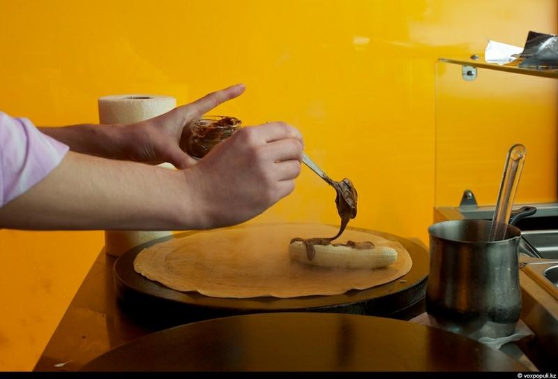 pancakesmaking-37.jpg
