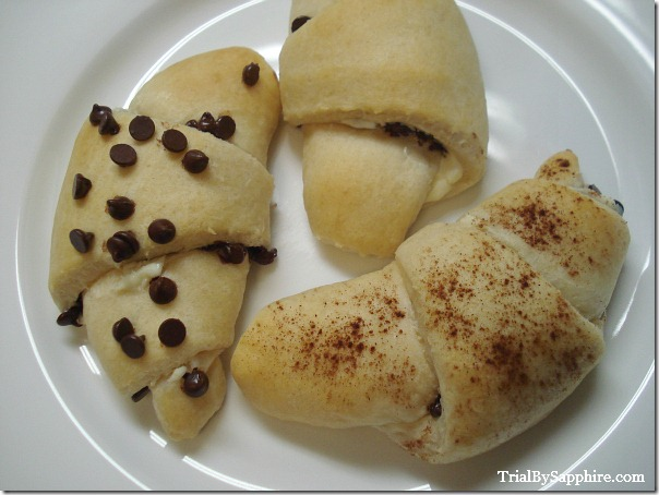 Chocolate Chip Cream Cheese Rolls 05