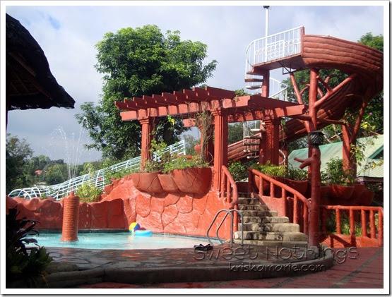 Swimming Party At Loreland Farm Resort
