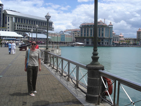 18. promenada Port Louis.JPG