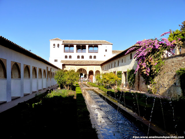 patio-de-la-acequia-alhambra-granada.JPG
