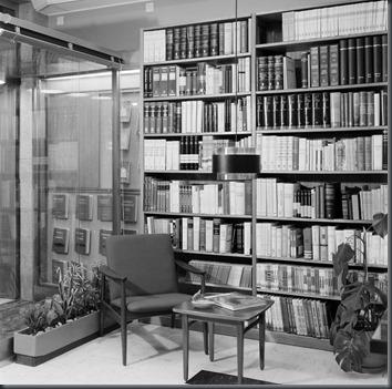 Livraria Torrens (R.Antero de Quental).6