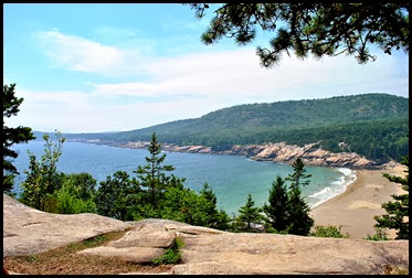 01d - Great Head Trail - view of Sand Beach and Gorham Mountain
