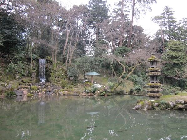 Obiective turistice Japonia: gradina Kenrokuen.JPG