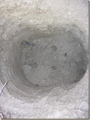 holes 033