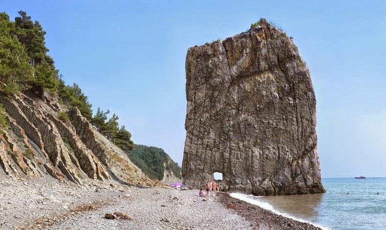 sail-rock-9