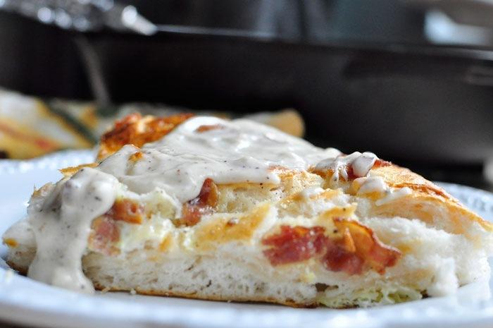 Rustic Cast Iron Breakfast Pizza Recipe: One dish meal from monicawantsit.com