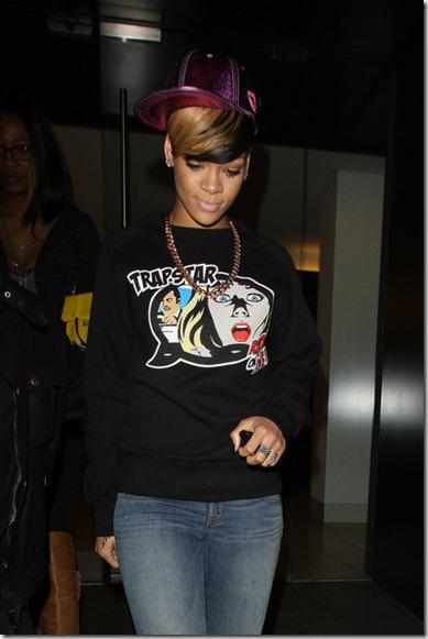 Rihanna Rihanna Leaves Cipriani XrE9ntPYLzwl