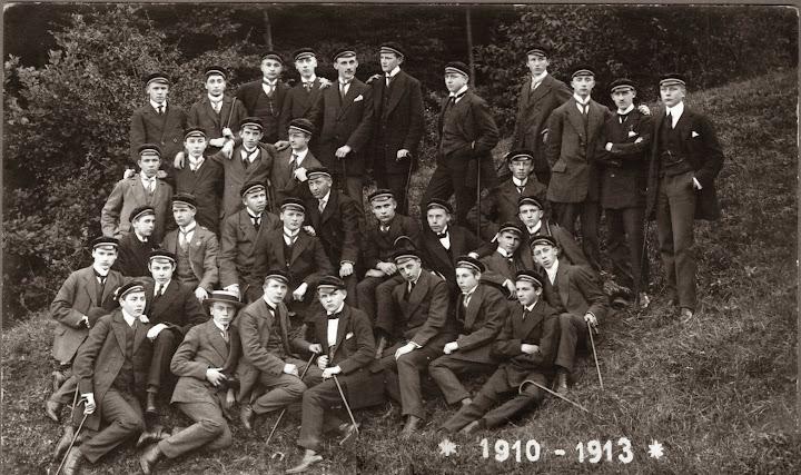 Abiturienci--1913.jpg