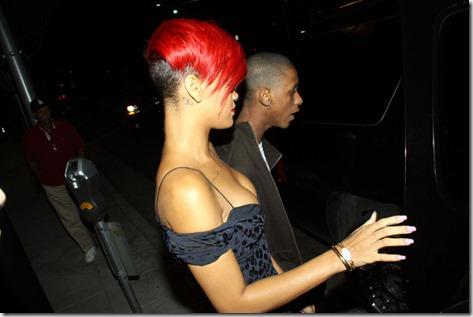 Rihanna Rihanna Leaves Maestro Steakhouse SkKCj5QA5f3l