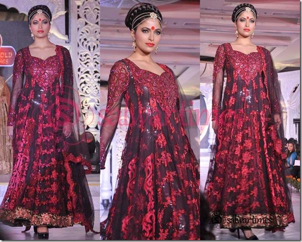 Designer_Salwar_Kameez_7