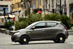 Lancia-Ypsilon-Elefantino-13%25255B2%25255D.jpg