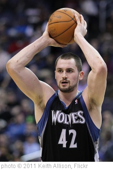 'Kevin Love' photo (c) 2011, Keith Allison - license: http://creativecommons.org/licenses/by-sa/2.0/