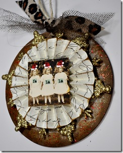 CHRISTMAST ORNAMENTS (3)