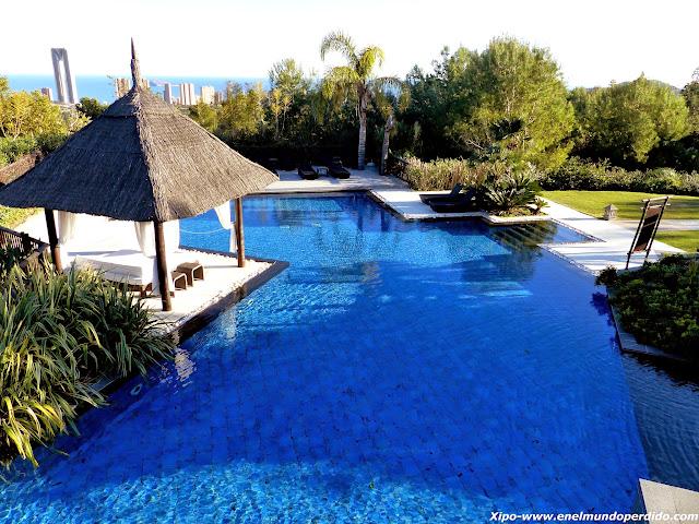 piscina-hotel-asia-gardens.JPG