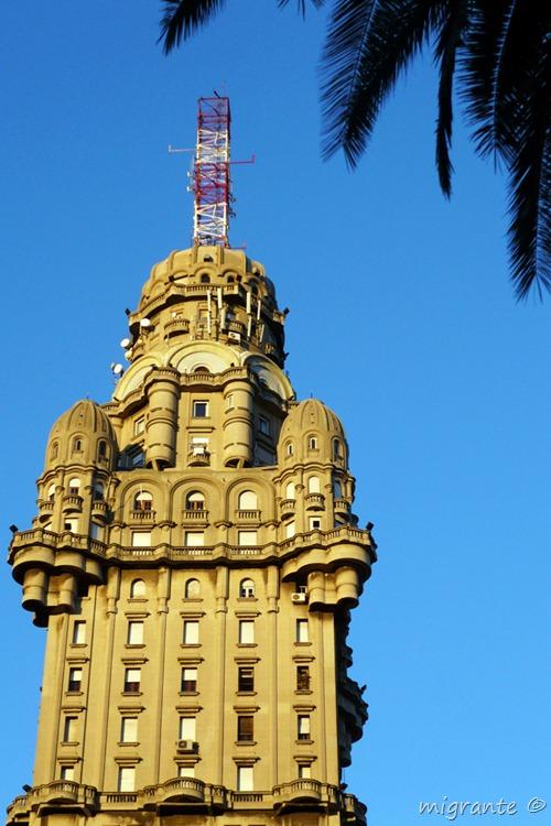 detalle - palacio salvo - montevideo - uruguay