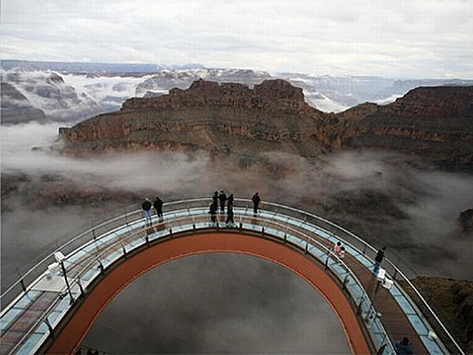 Grand-Canyon-skywalk-top-view