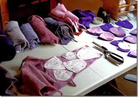 etsyfeaturedshop-woolybaby-handmadeslippers-002