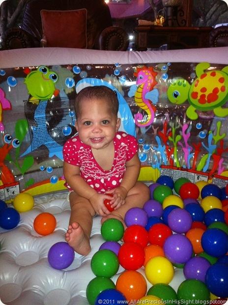 Selah 11 months 036