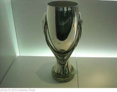 'UEFA Super Cup Trophy' photo (c) 2010, Daniel - license: http://creativecommons.org/licenses/by/2.0/