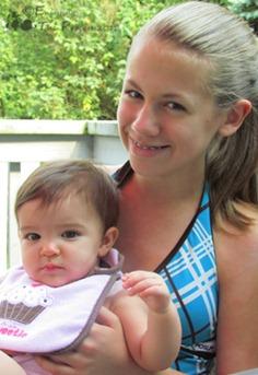 Anna & Bella web wm
