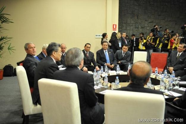 foto keseharian Presiden Indonesia Susilo Bambang Yudhoyono (21)