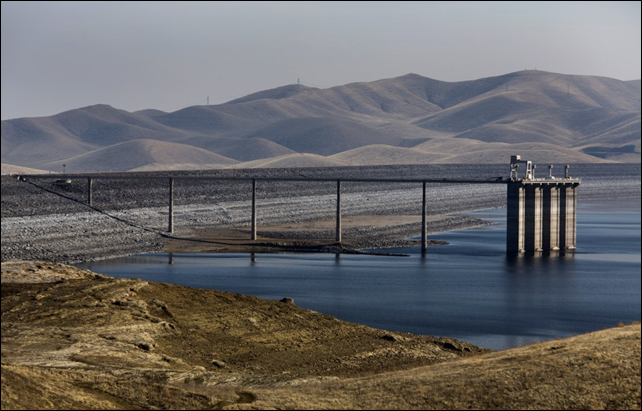 A nearly empty water reservoir in California. California's groundwater depletion could have nationwide implications. Photo: Ken James / Bloomberg / Getty