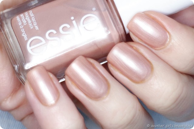 Lfb Essie Tea Crumpets Swatch Frosted Beige Perfect Silky 6 Von 7