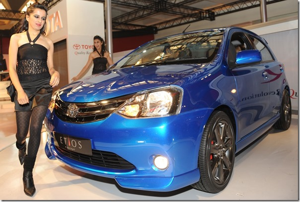 Toyota-etios-hatchback-picture-model1