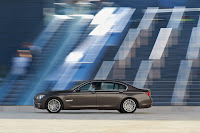 2013-BMW-7-Series-20.jpg