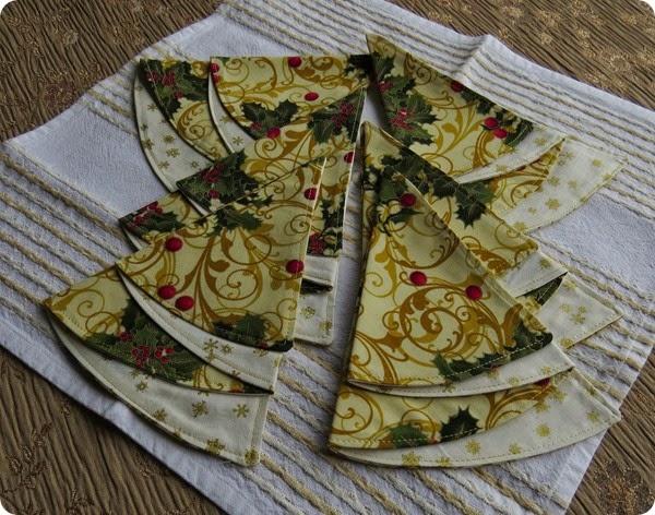 Christmas napkins twoIMG_1481_1
