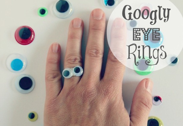 Making-Googly-Eye-Rings-via-makeandtakes.com_