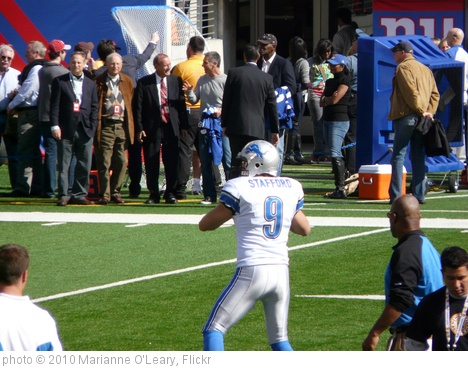 'Detroit Lions Quarterback Matthew Stafford' photo (c) 2010, Marianne O'Leary - license: http://creativecommons.org/licenses/by/2.0/